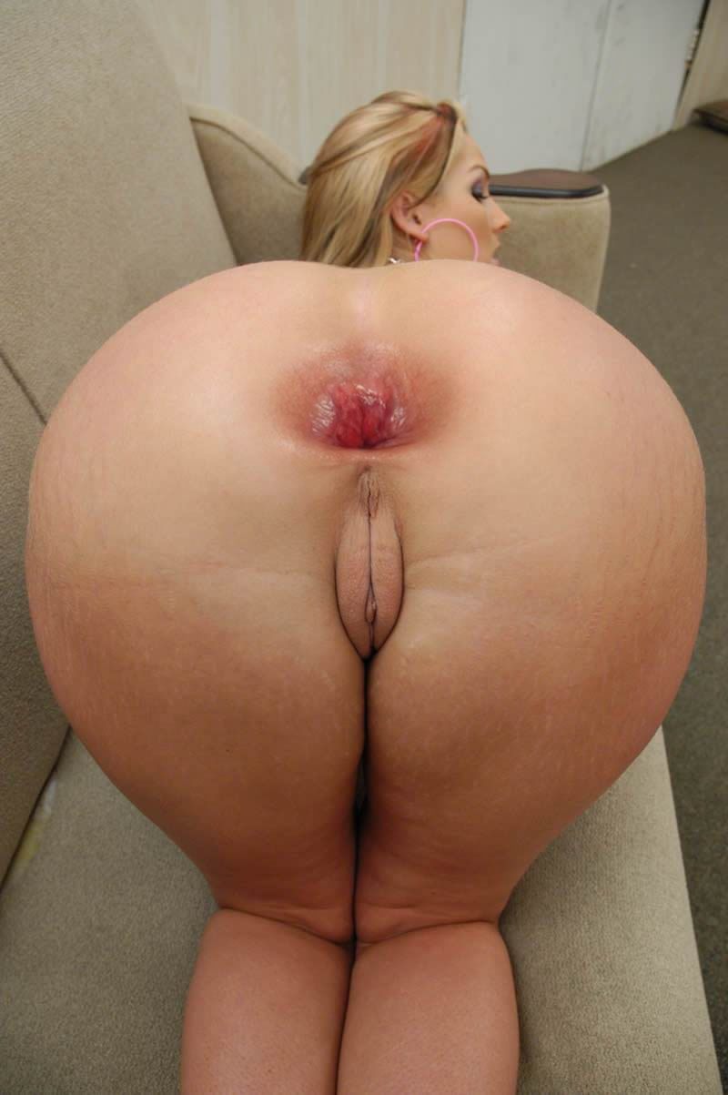 Perfect fat assed cynthia gets some dick 2